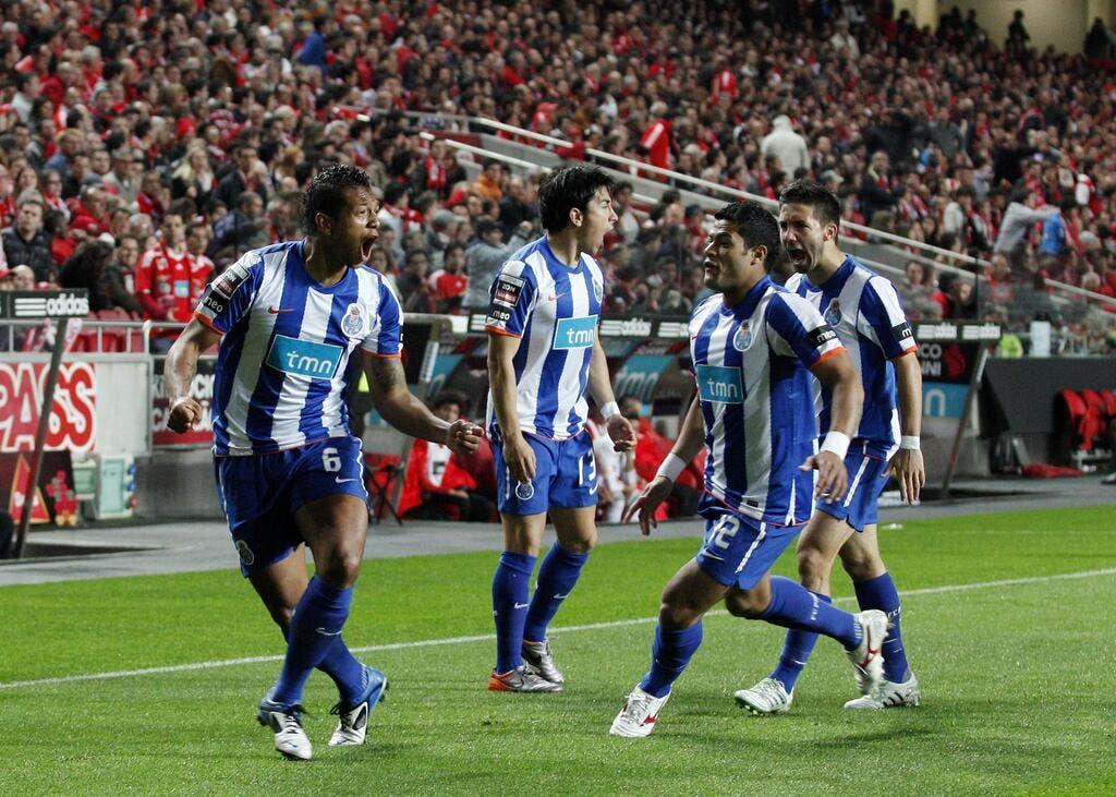 Football europa league porto fonce vers la finale coupe d 39 europe foot 01 - Resultat coupe europa league ...