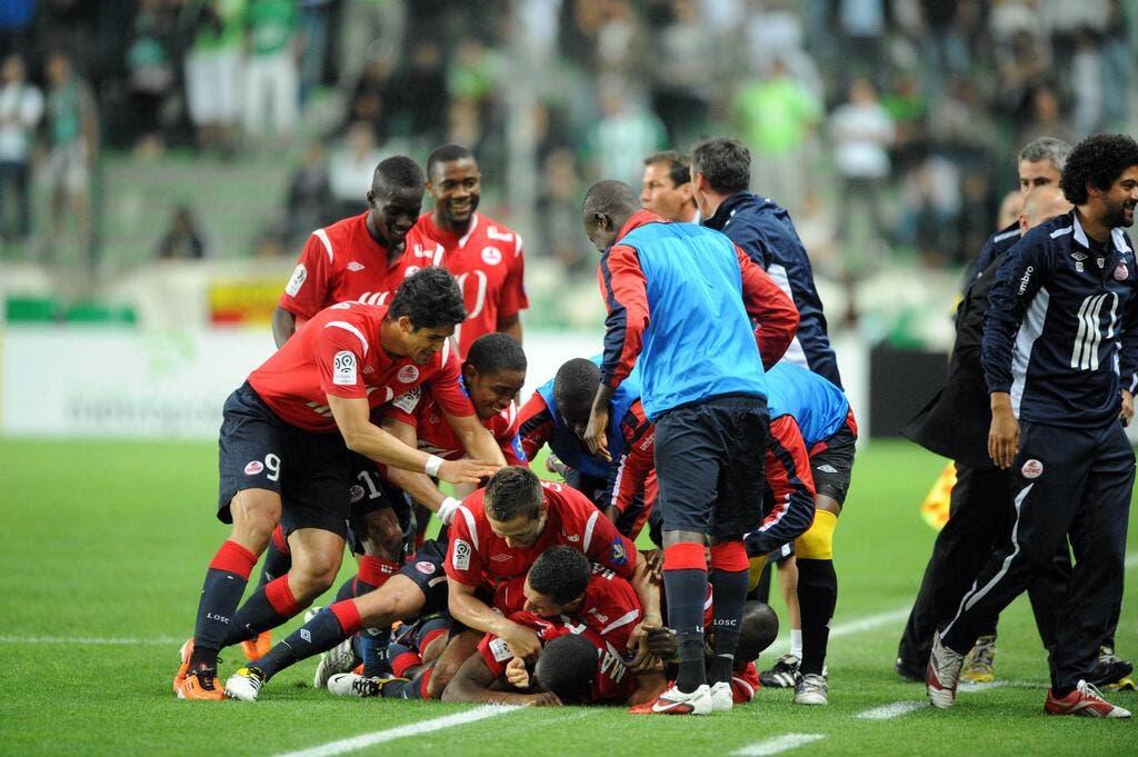 Football lille lille compte bien s parer coupe et championnat foot 01 - Match coupe d europe foot ...