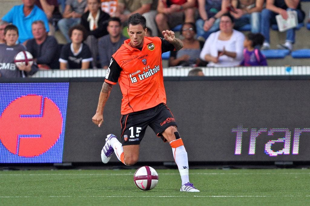 football lorient aliadi re prolonge trois ans lorient. Black Bedroom Furniture Sets. Home Design Ideas