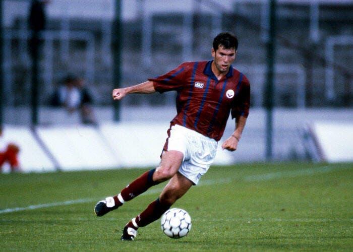 Zidane désigné meilleur joueur de l'histoire du championnat de France