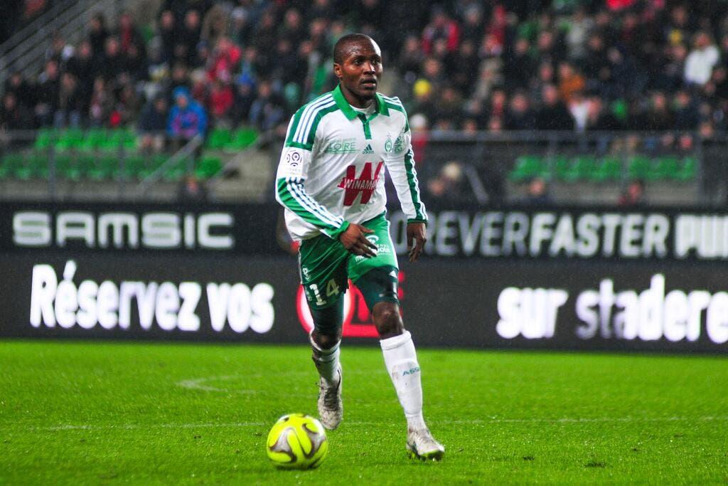 Nguemo non conservé par les Verts, Pajot pour le remplacer ?