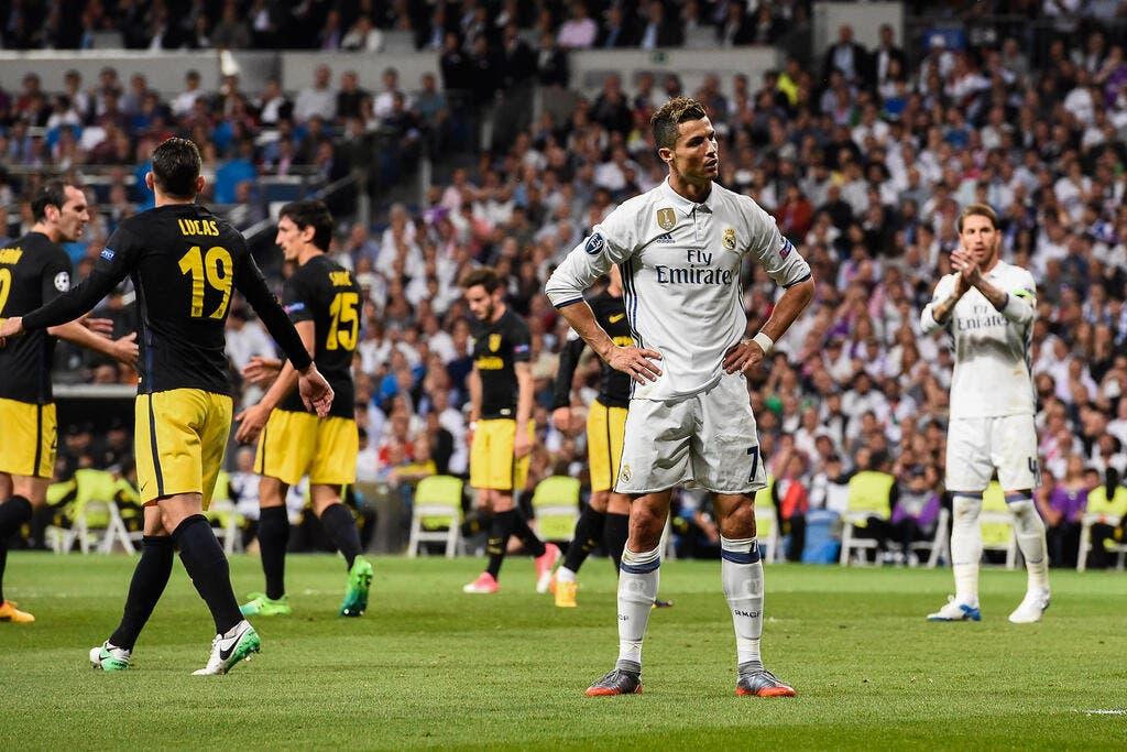 Football coupe d 39 europe le ronaldo de madrid s 39 envole vers la finale foot 01 - Match coupe d europe foot ...