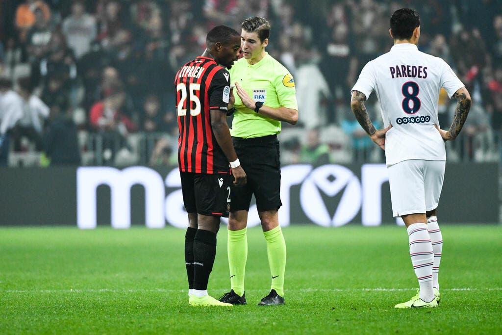 PSG : Pierre Ménès mine « l'épouvantable » arbitre de Paris-Nice !