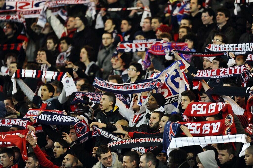 nouvelle arrivee styles frais prix Foot PSG - A Rennes une écharpe du PSG vous emmène au ...