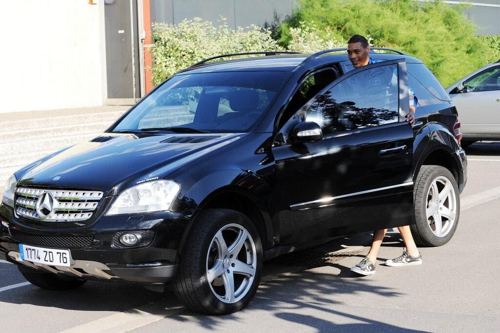 Football Ligue 1 - Mercedes, le cadeau intéressé aux ...