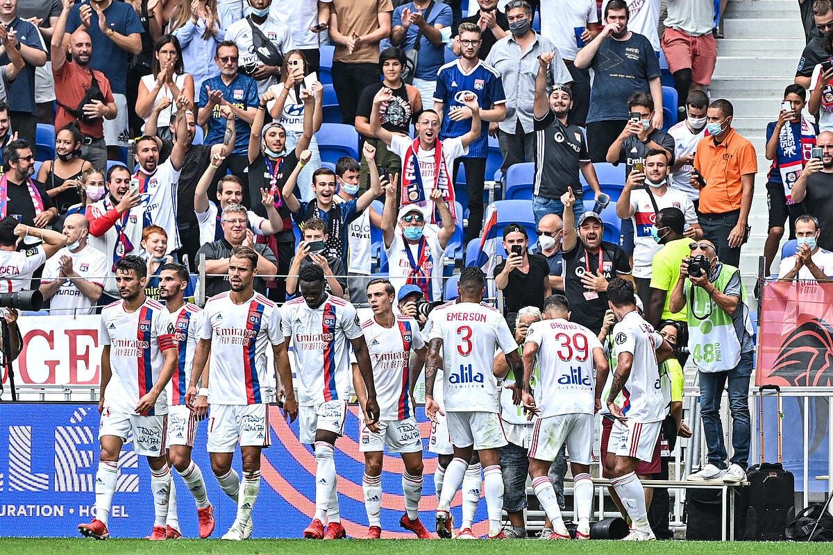 OL : Trois Lyonnais éjectés du match à Glasgow