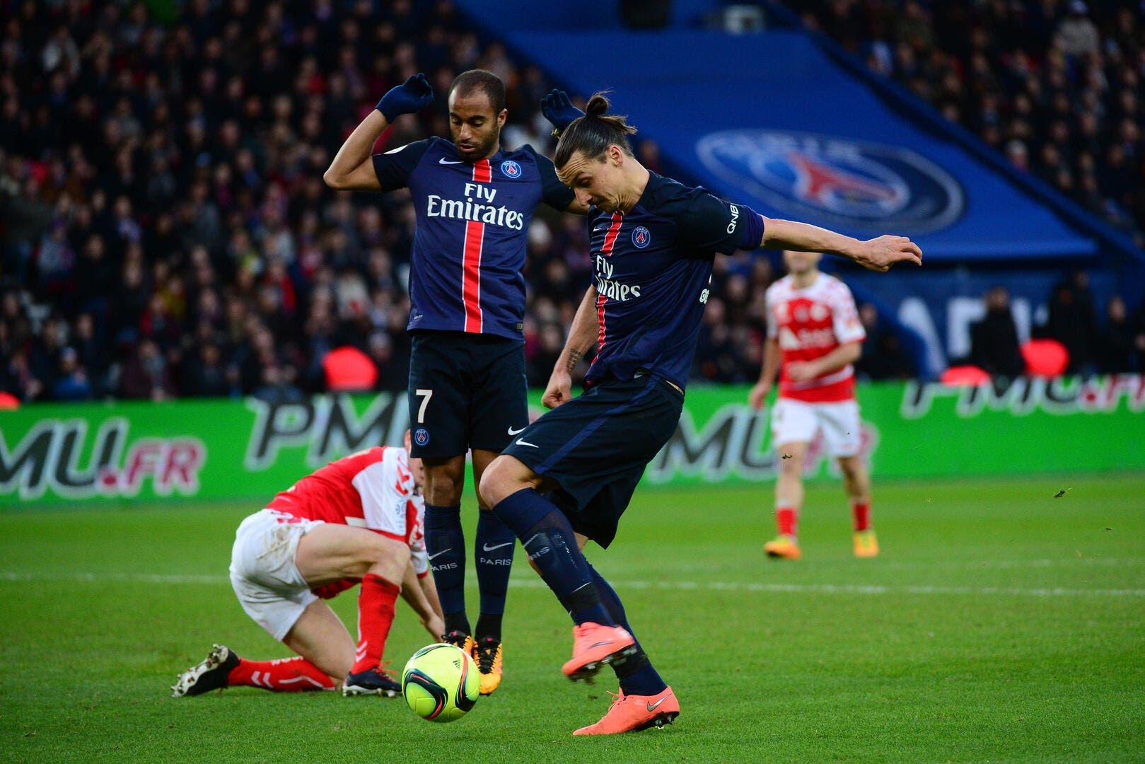 Foot PSG - Ibra et le PSG balaient Reims - Foot 01