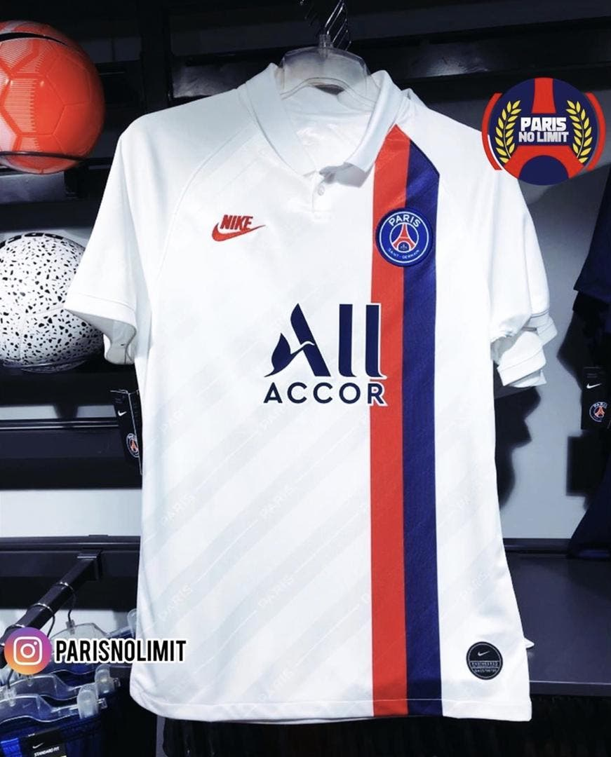 Foot PSG PSG : Caché en France, le maillot third fuite en