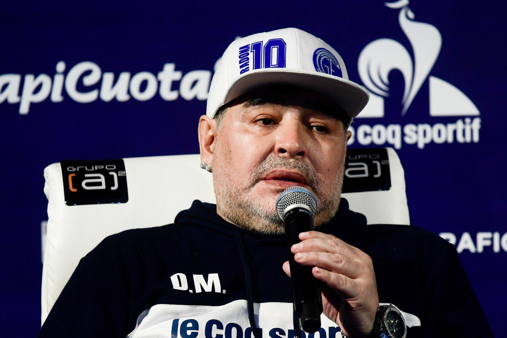 Argentine : La dernière feinte de Maradona, il est de retour