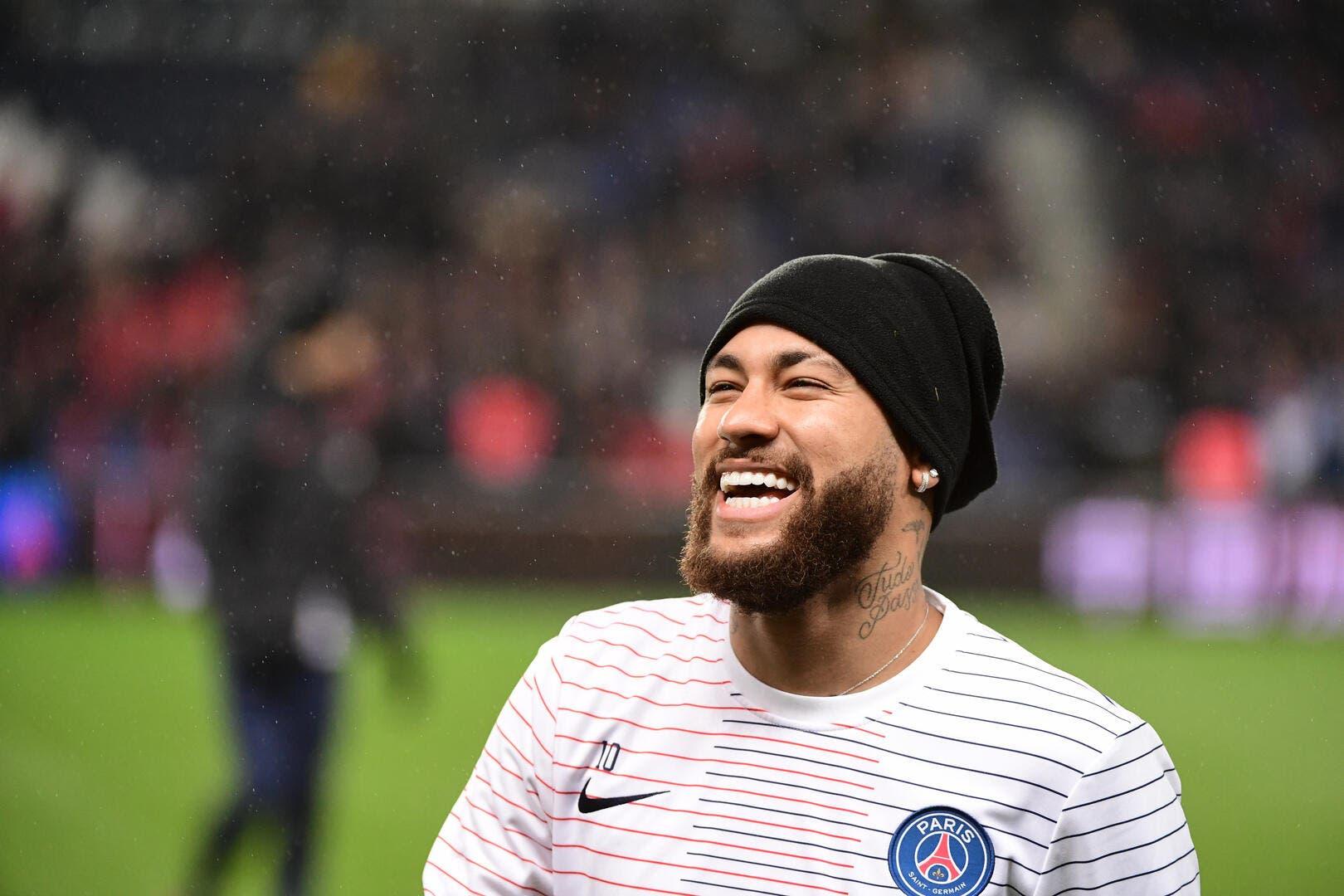 PSG : Neymar assume, il a besoin de faire la fête pour être au top - Foot01.com