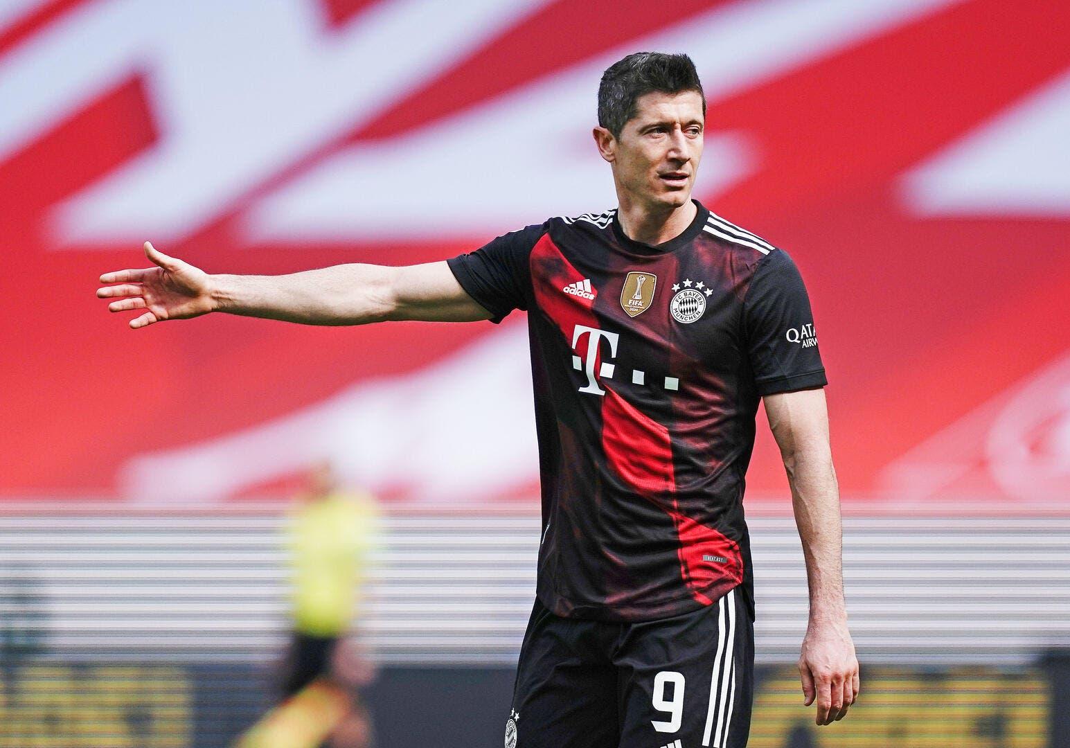 All : Lewandowski et le PSG mettent le Bayern sous pression