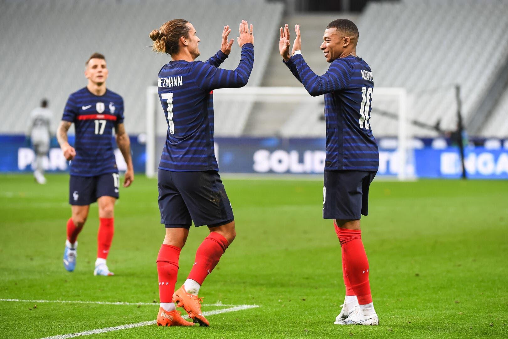 France Team Benzema Settles The Griezmann Mbappe Muddle Archyde