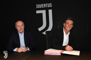 Officiel : La Juventus recrute Bernardeschi pour 40 ME