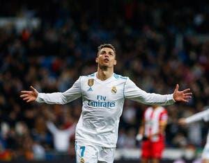 Espagne : Cristiano Ronaldo se met à genoux, le fisc s'en fout