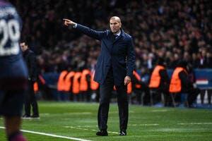 PSG : Le Qatar offre un chèque en blanc pour s'offrir Zidane !