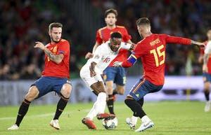 La presse anglaise enrage et détruit Sergio Ramos le boucher !