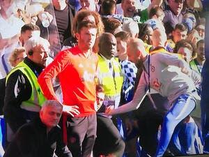 Ang : Mourinho à deux doigts d'en coller une à l'adjoint de Sarri !