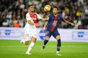 PSG : Neymar est de retour, il enflamme le Parc