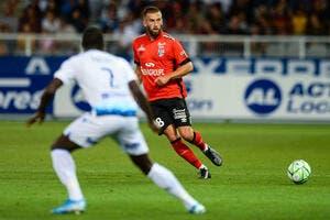 Officiel: Lucas Deaux signe à Nîmes, Guingamp récupère Valdivia