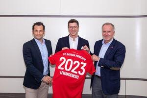All : Lewandowski prolonge jusqu'en 2023 au Bayern Munich