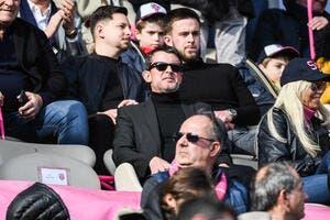PSG: Manuel Valls ne retourne pas sa veste avec Neymar