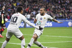 PSG : Neymar au Barça, l'incroyable pari de Dani Alves !