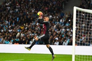 OL : Lyon cherche deux gardiens, ça ne sent pas bon pour Lopes