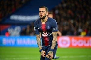 PSG : Daniel Alves blessé et saison terminée avec Paris et le Brésil ?
