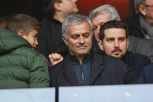 Mercato : Un club drague Mourinho, et ce n'est ni l'OL ni le PSG !