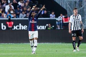 Trois points offerts au PSG, Neymar termine en beauté