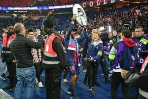 PSG : Neymar est bloqué par Paris, c'est qui le patron ?
