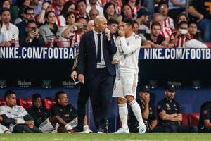 Esp : Le Real Madrid tombe et laisse passer le Barça