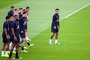 PSG : Neymar, toujours le seul qui s'assoit à la table de Messi et Cristiano Ronaldo