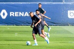 PSG : Mbappé et Neymar, c'est l'amour fou et Paris en profite