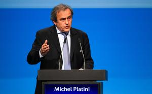 Qatar 2022 : Platini promet un Mondial de rêve pour les fans
