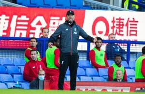 Ang: Les fans fêtent le titre, Liverpool est rouge de colère