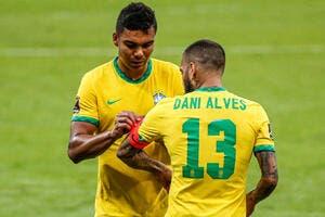 Esp : Le Barça répond à Dani Alves et fait une annonce