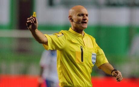 Tony chapron a t il fait un doigt d 39 honneur aux supporters - Porter plainte pour violence physique ...