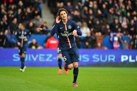 Trois buts, trois points et la place de leader pour le PSG