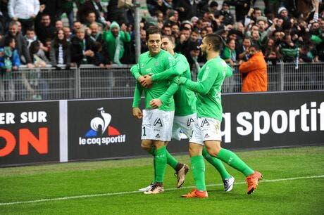 Football Ligue 1 L Asse Fait Craquer Guingamp Et Revient