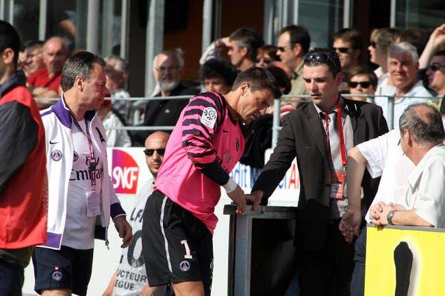 Photo : Coupet, la blessure qui fait mal au PSG