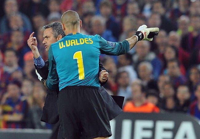 Barcelone attaque aussi Mourinho