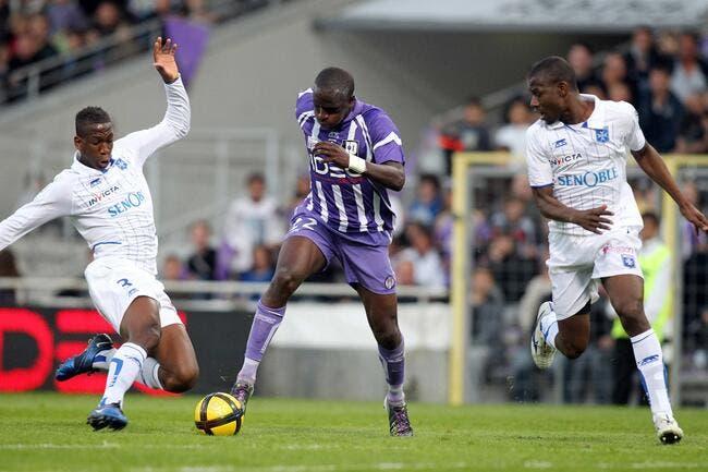 Toulouse « ne pense pas à la Ligue 2 » avant de jouer l'OL