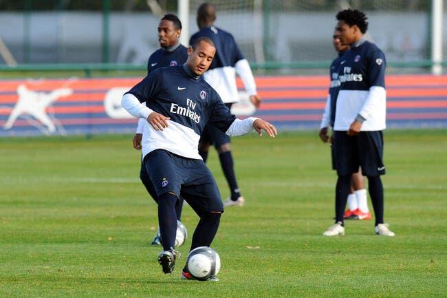 Loris Arnaud attend un coup de fil de Middlesbrough