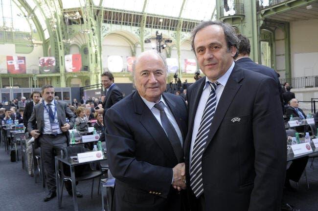 Platini en recolle une couche sur le PSG