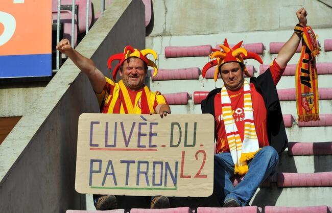 [FOOT] LE GFC, LE GAMOPAT FOOTBALL CLUB - Page 2 Greve-totale-des-supporters-lensois-pour-la-derniere-a-bollaert-iconsport_win_110511_67_73,19551