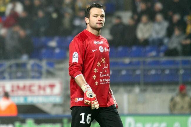 Le PSG « se la raconte un peu » ironise le gardien de Montpellier