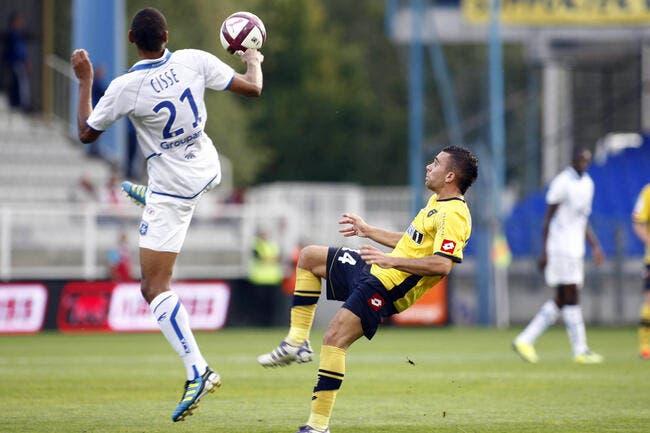 Auxerre cartonne Sochaux, Brest continue de stagner