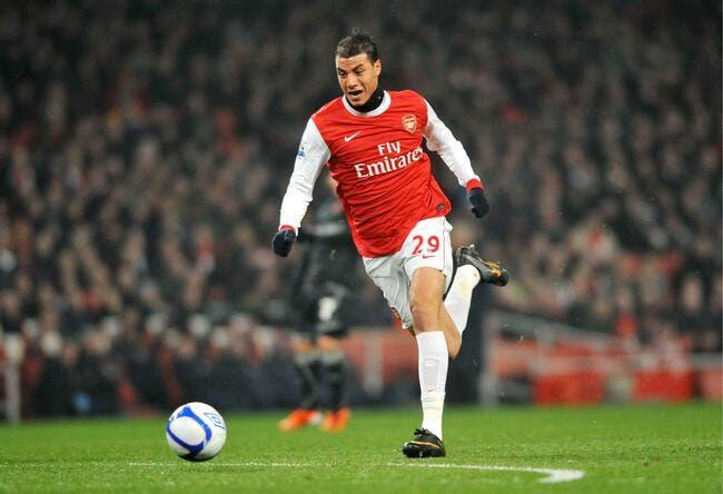 Chamakh, un narguilé qui fait fumer Wenger et Arsenal