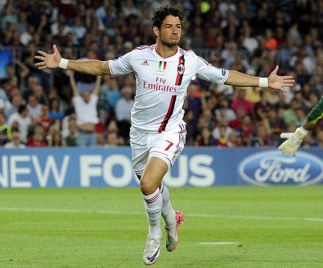 Une légende du Milan AC envoie Pato vers le PSG